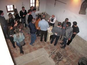 Degustazione di vini e amuse-bouche dopo la visita nella cantina del Castello Ducale