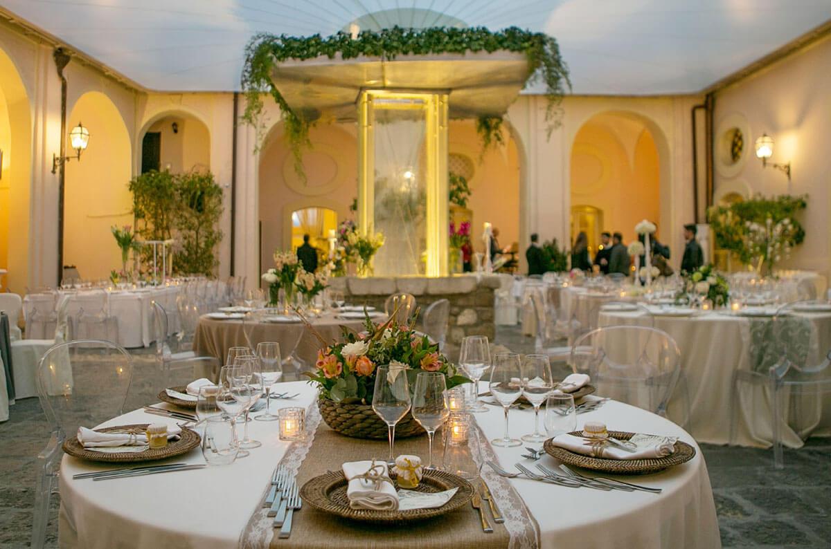la rinnovata corte settecentesca di Castello Ducale, tra le ville matrimoni la più elegante e suggestiva scelta degli sposi