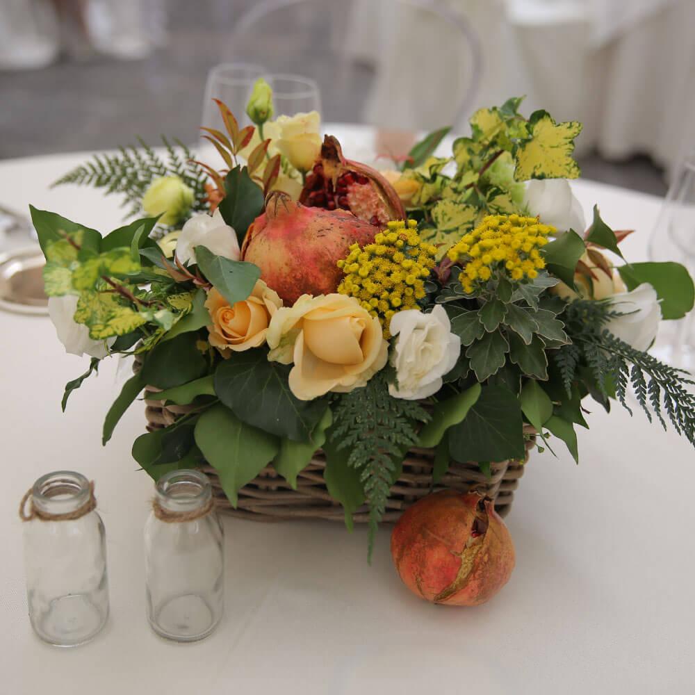 Matrimonio in villa storica a caserta ricevimento di nozze con ristorante d autore e - Decorazioni tavola ...